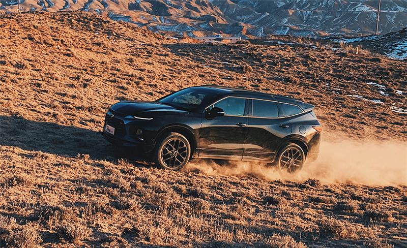高端大7座全境SUV雪佛兰开拓者配备强悍四驱系统