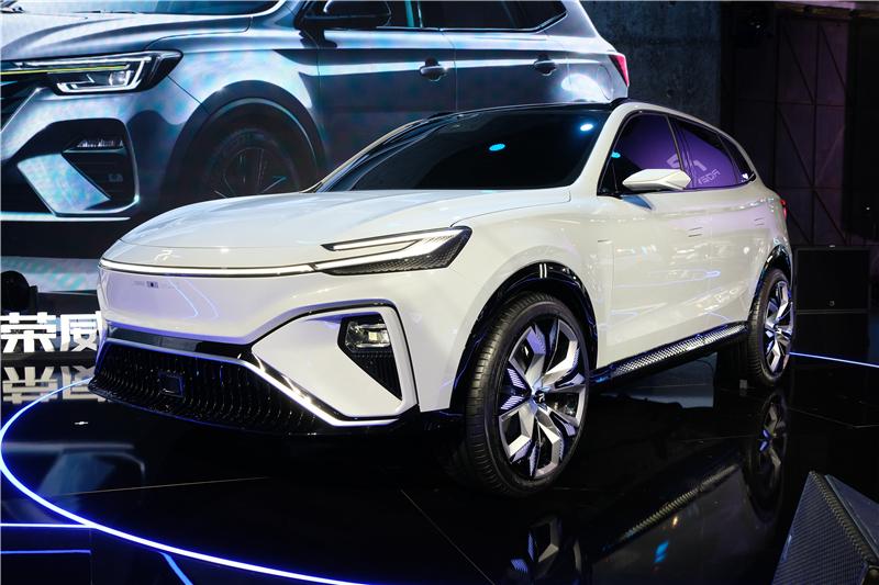 """汽车龙头 品牌向上 上海制造""""递出""""走向世界的闪亮名片"""
